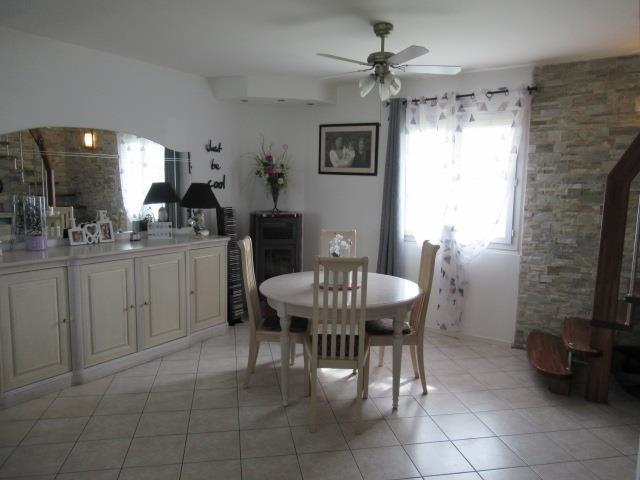 Sale house / villa Saint lambert la potherie 244650€ - Picture 2