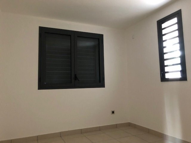 Location appartement Ste suzanne 750€ CC - Photo 5