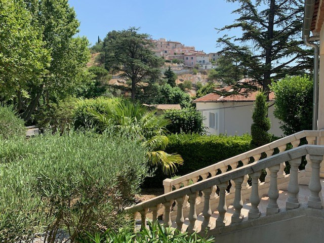 Deluxe sale house / villa Cabries 685000€ - Picture 3