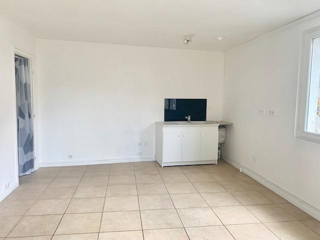 Location appartement Vaux le penil 395€ CC - Photo 2