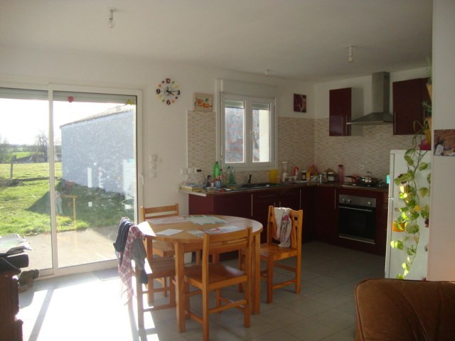 Sale house / villa Loulay 99 150€ - Picture 3