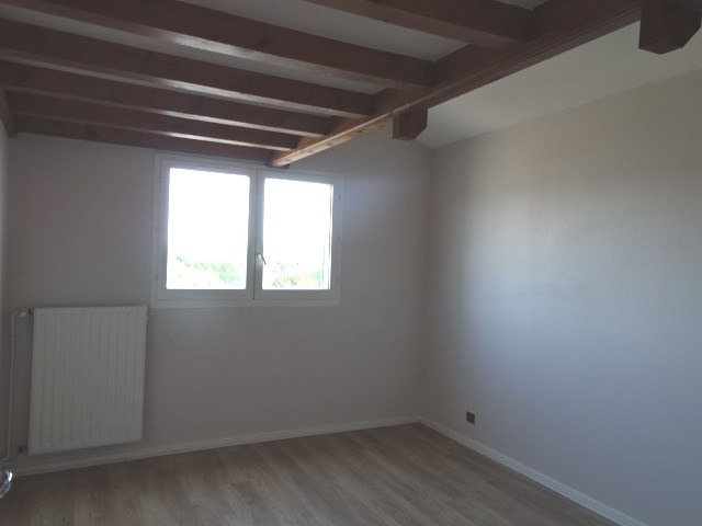 Location appartement Villefranche sur saone 995€ CC - Photo 8