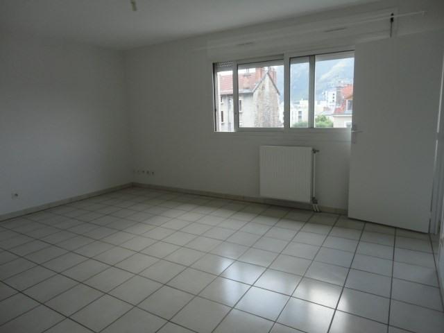 Location appartement Grenoble 410€ CC - Photo 3