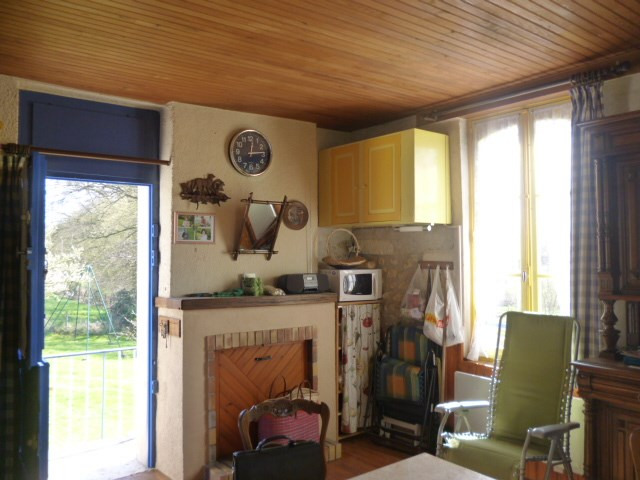Sale house / villa Montoire sur le loir 90500€ - Picture 5