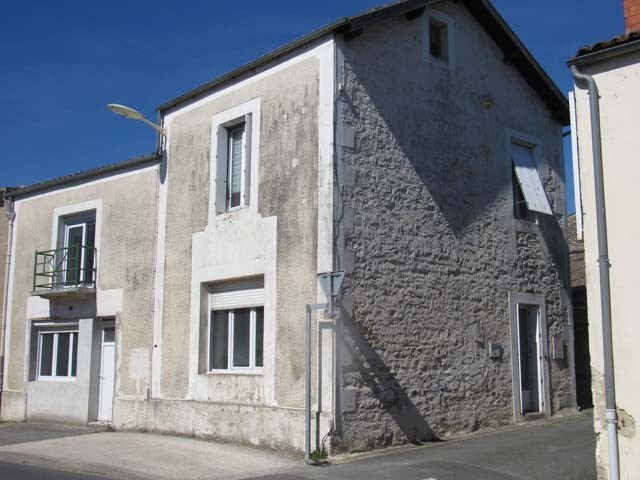 Vente maison / villa Loulay 101 250€ - Photo 1