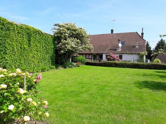 Sale house / villa Branges 269000€ - Picture 3