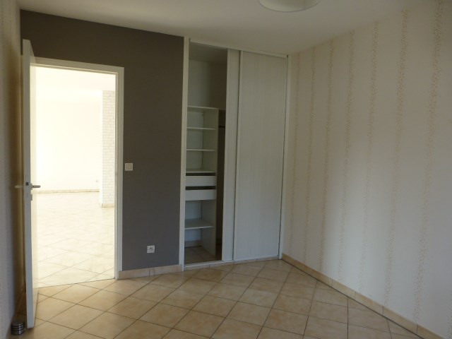 Location appartement Freneuse 690€ CC - Photo 12