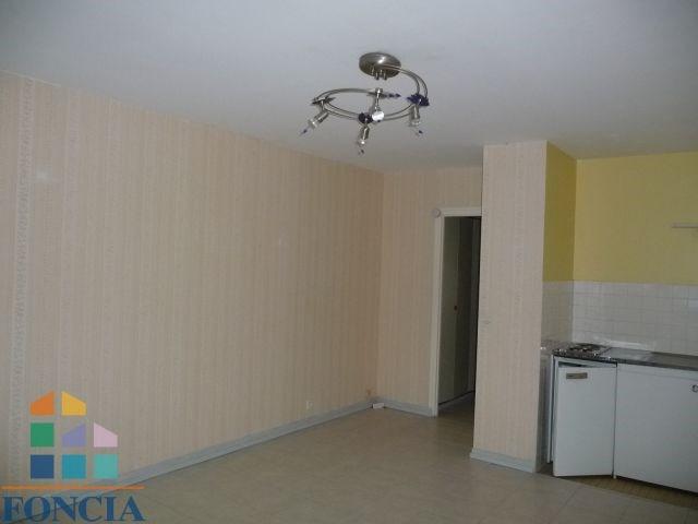 Alquiler  apartamento Jacob-bellecombette 402€ CC - Fotografía 3
