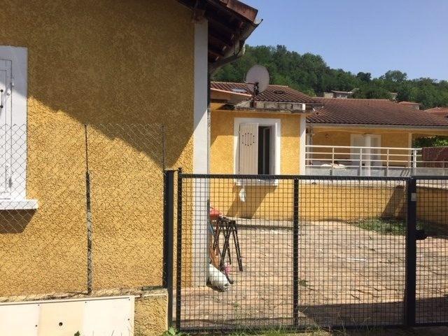 Location maison / villa Liergues 650€ CC - Photo 8