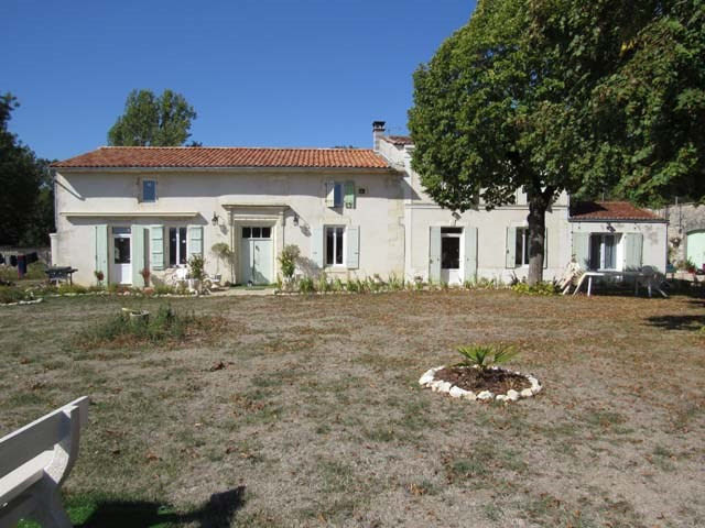 Vente maison / villa Tonnay boutonne 299620€ - Photo 2