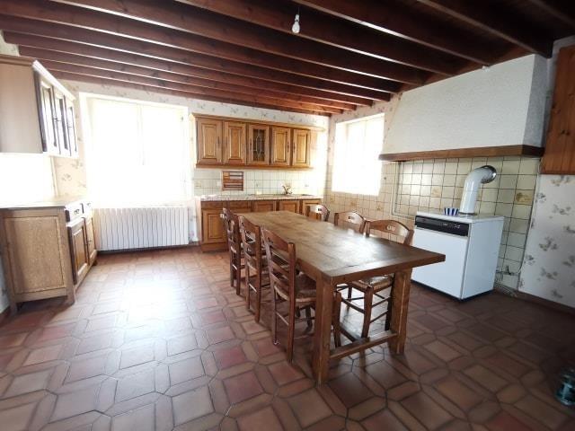 Sale house / villa St symphorien le valois 126750€ - Picture 3