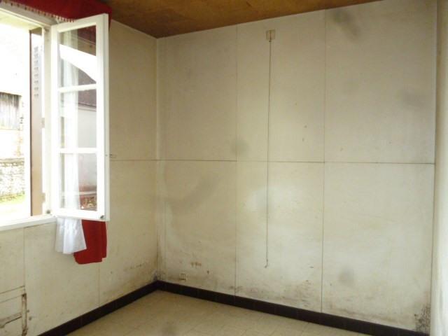 Sale house / villa Prunay cassereau 75600€ - Picture 7