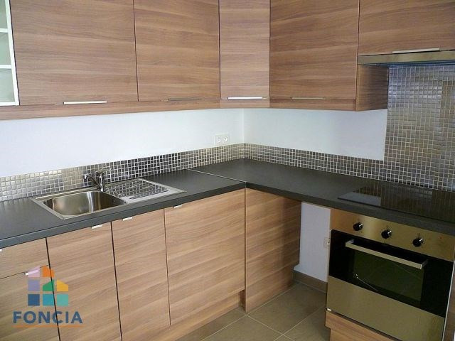 Location appartement Suresnes 1315€ CC - Photo 3