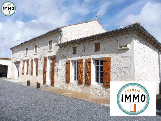 Vente maison / villa Saint-georges-des-agoûts 176800€ - Photo 1
