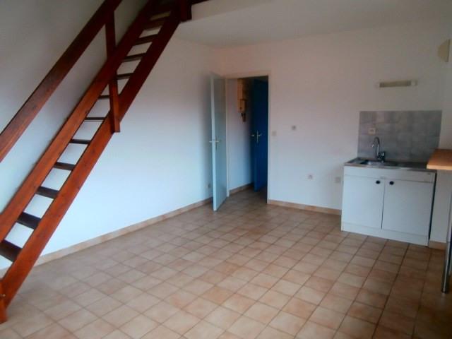 Locação apartamento Albertville 390€ CC - Fotografia 1
