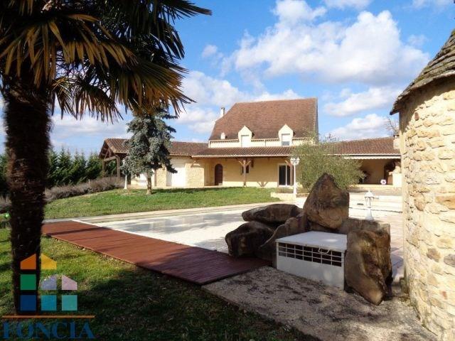 Proche de limeuil belle maison de 242 m²