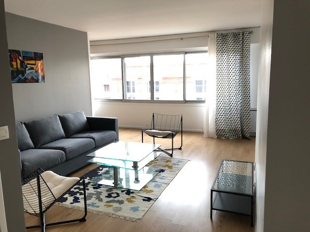 Location appartement Paris 20ème 1 850€ CC - Photo 3