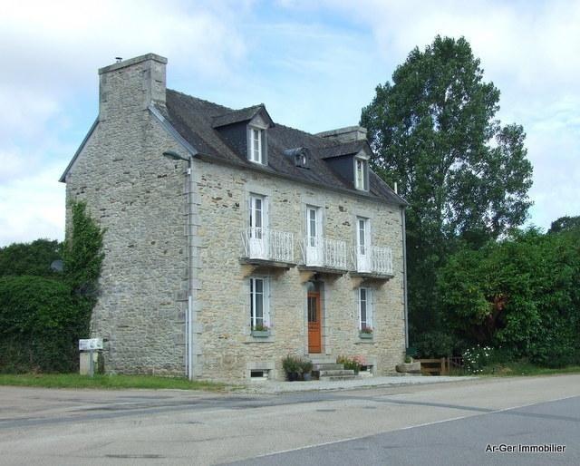 Sale house / villa Locmaria berrien 139100€ - Picture 2
