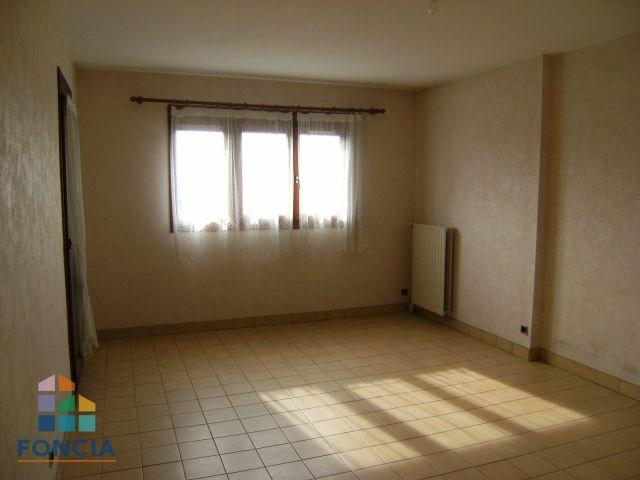 Location appartement Saint-alban-leysse 784€ CC - Photo 3