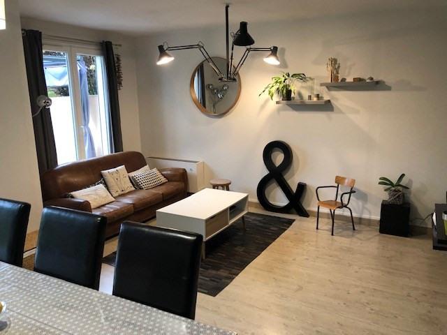 Sale house / villa Saint berthevin 161200€ - Picture 1