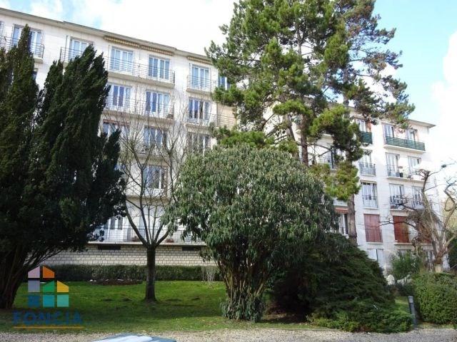 Rental apartment Suresnes 1560€ CC - Picture 11