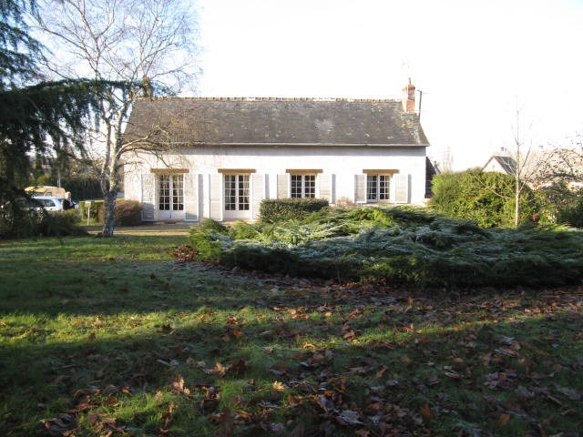 Sale house / villa La chartre sur le loir 101200€ - Picture 1