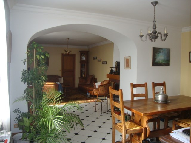 Sale house / villa St jean d'angely 164 300€ - Picture 4