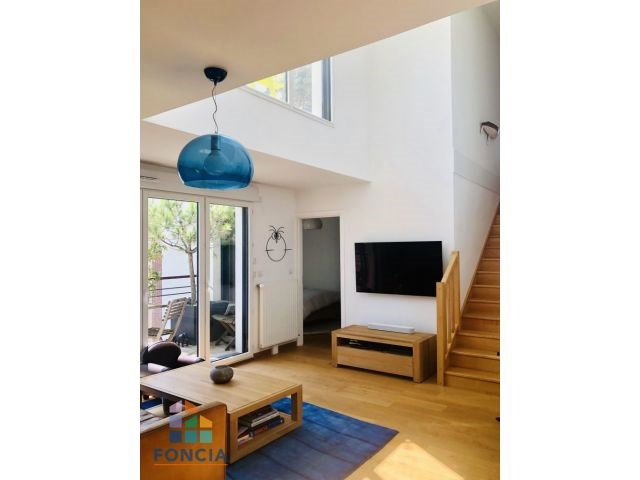 Vente de prestige appartement Suresnes 895 000€ - Photo 1