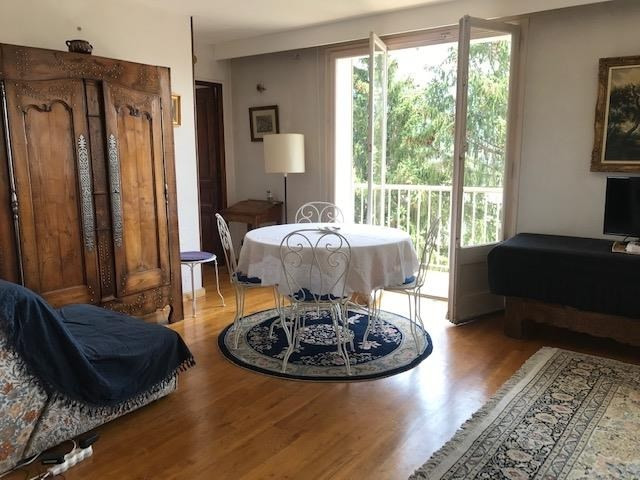Location appartement Annecy 1 260€ CC - Photo 3