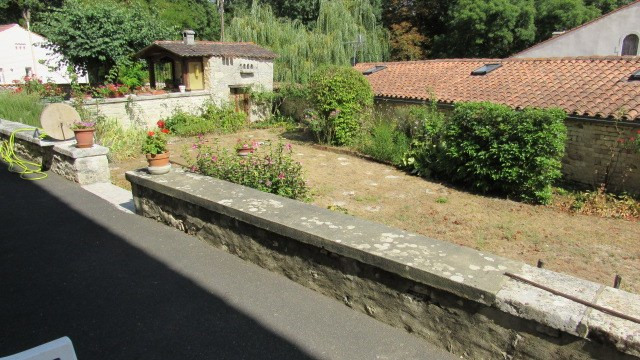 Vente maison / villa Loulay 222 600€ - Photo 6