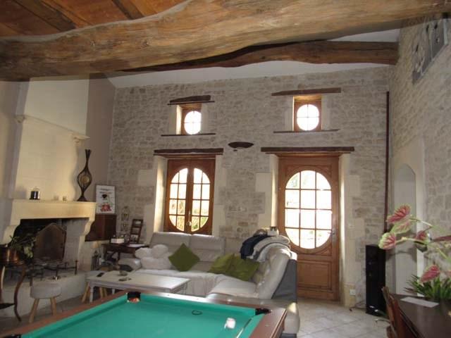 Vente maison / villa Saint-jean-d'angély 159000€ - Photo 4