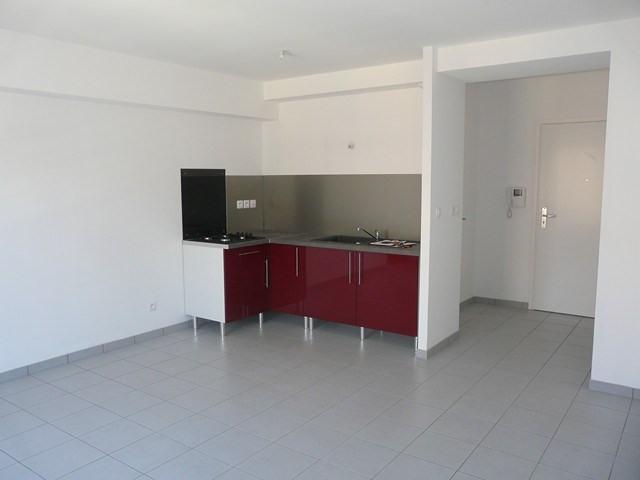 Verhuren  appartement Roche-la-moliere 460€ CC - Foto 2
