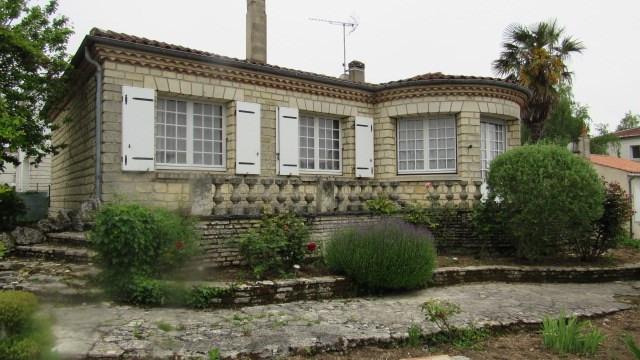 Vente maison / villa Saint-jean-d'angély 153750€ - Photo 2