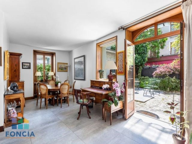 Deluxe sale private mansion Suresnes 1750000€ - Picture 1