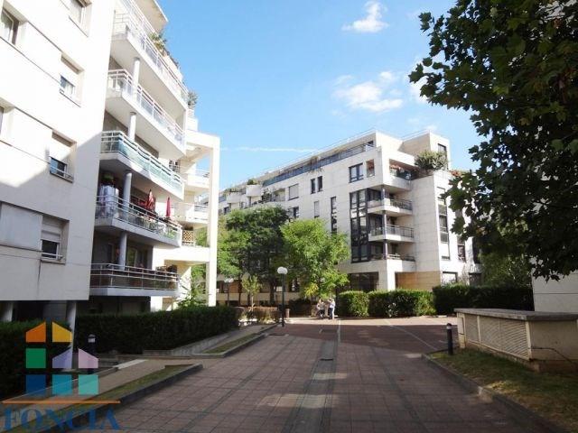 Rental apartment Suresnes 831€ CC - Picture 1