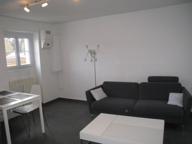 Sale house / villa Bougival 250000€ - Picture 2