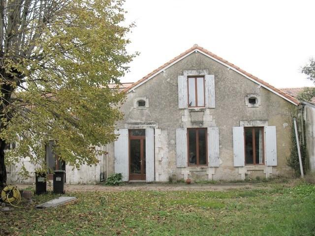 Vente maison / villa Etaules 202000€ - Photo 1