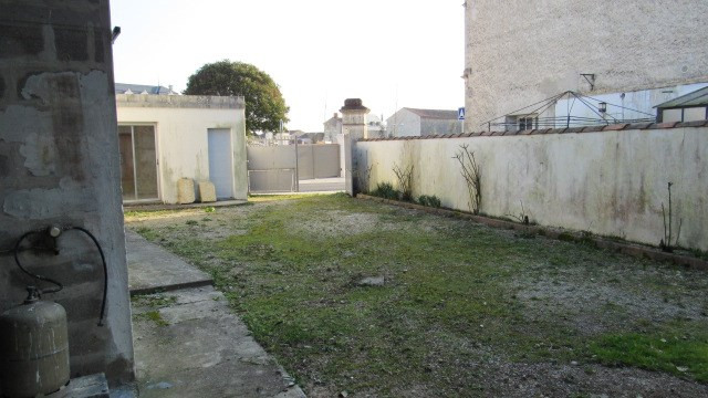 Sale house / villa Aulnay 83 400€ - Picture 6