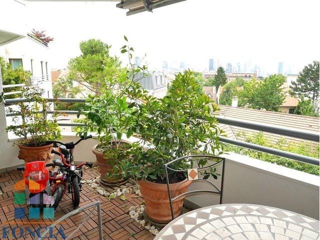 Rental apartment Suresnes 2300€ CC - Picture 2