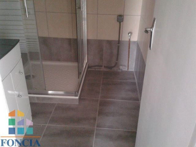 Location appartement Chambéry 846€ CC - Photo 2