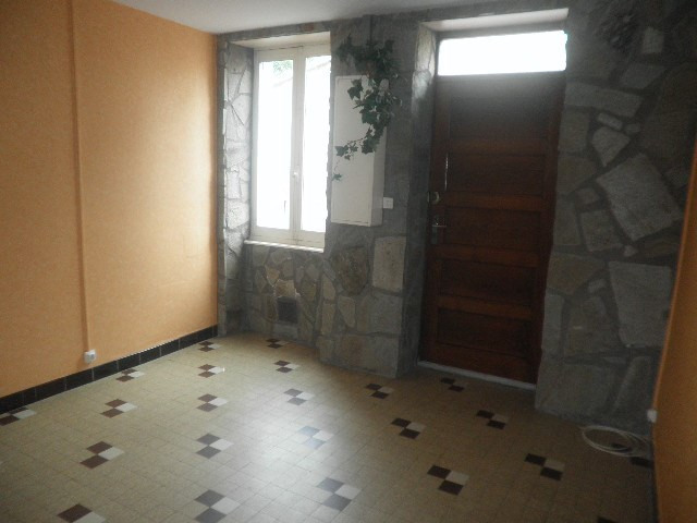 Location appartement Tarare 328€ CC - Photo 4