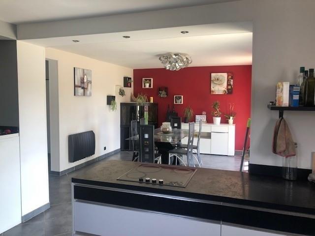 Sale house / villa Bourgoin jallieu 282000€ - Picture 3