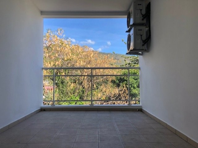 Rental apartment St denis 620€ CC - Picture 4