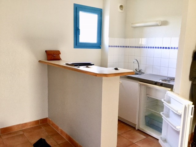 Rental apartment St ave 400€ CC - Picture 2