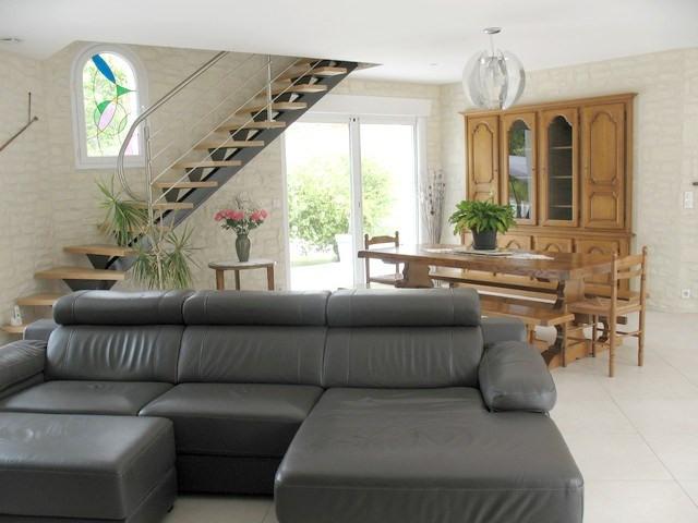 Vente de prestige maison / villa Etaules 630000€ - Photo 4