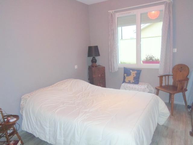 Sale house / villa St andre de cubzac 338000€ - Picture 7