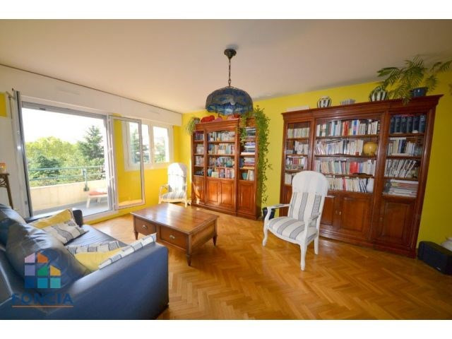 Sale apartment Saint-cloud 498000€ - Picture 1
