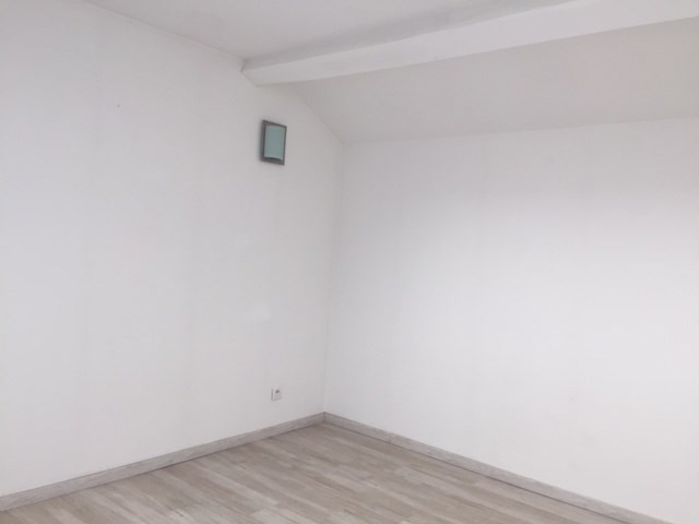 Location appartement Roche-la-moliere 565€ CC - Photo 6