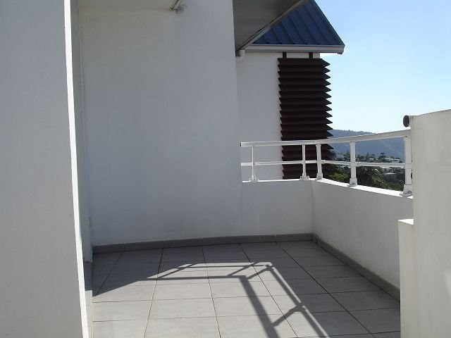 Location appartement Ste clotilde 586€ CC - Photo 10