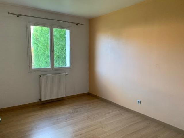 Location maison / villa Bois le roi 1 460€ CC - Photo 6